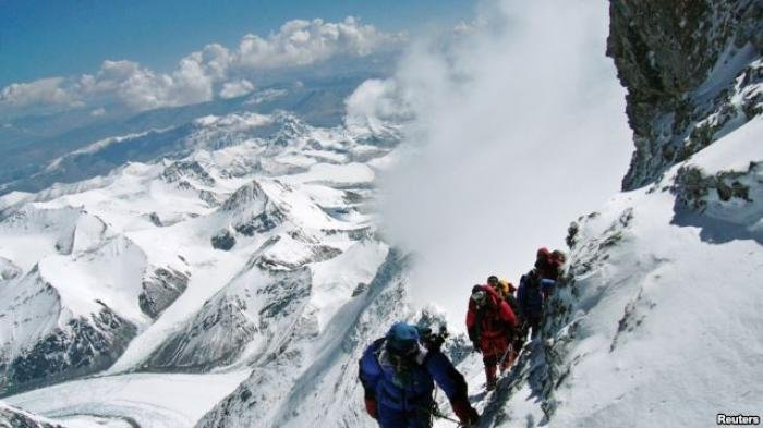 Tiga Sosok Si Baret Merah Kopassus yang Berani Taklukkan Gunung Everest, Hingga Jadi Perhatian Dunia