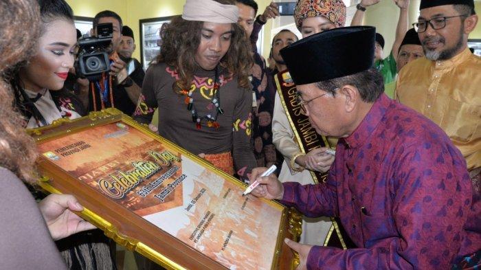 Fachrori Buka Celebration of Day & Pameran Photo Jambi Tempo Doeloe, Bandara Pintu Masuk Wisatawan