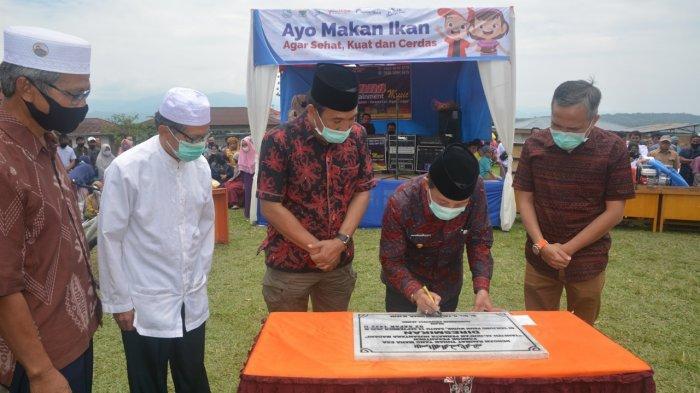 Fachrori Tinjauan Lokasi Pengembangan Bandara Depati Parbo, Kabupaten Kerinci, Sabtu (19/09/2020).