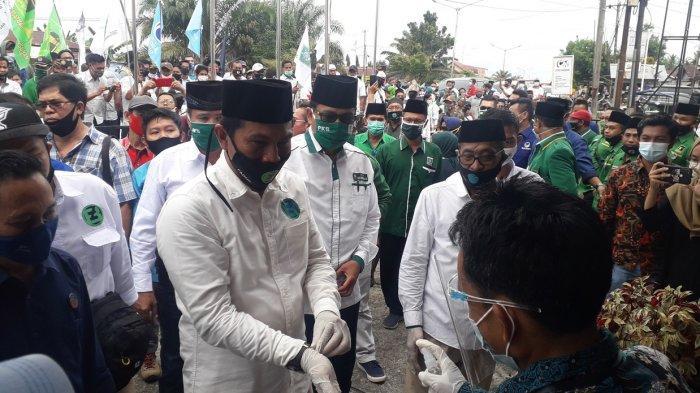 Fadhil - Bakhtiar Daftar Bacalon Pilkada Batanghari 2020, Hari Ini Daftar di KPU