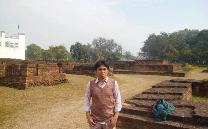 Habibi Terpesona Duplikat Candi Muaro Jambi di Nepal