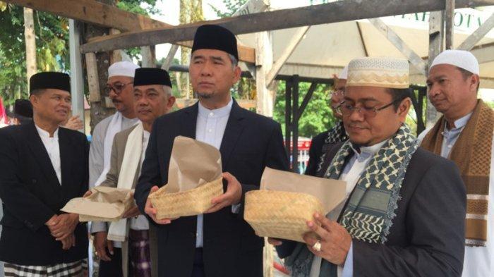 Larangan Pakai Plastik Kresek Untuk Bungkus Daging Kurban, Pemkot Jambi Gunakan Besek Bambu