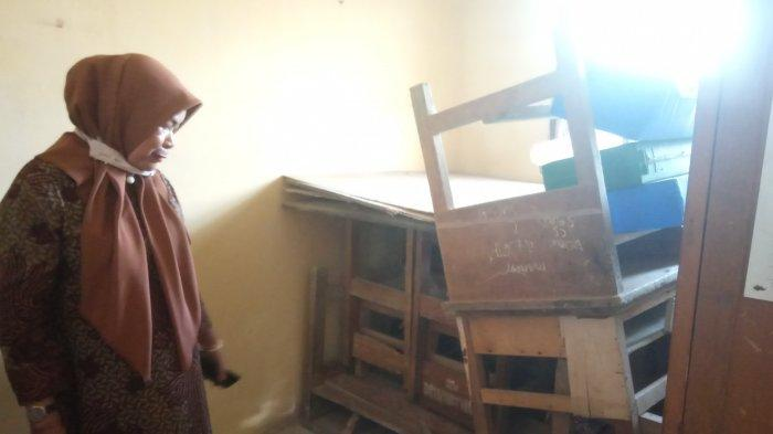Hanya Bisa Rehab Satu Sekolah, 2021 Disdik Muarojambi Perbaiki Sarana Pendidikan yang Rusak