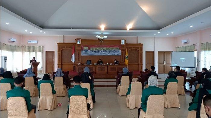 40 Mahasiswa dan Pelajar di Tebo Ikuti Sosialisasi UU Politik oleh Kesbangpol