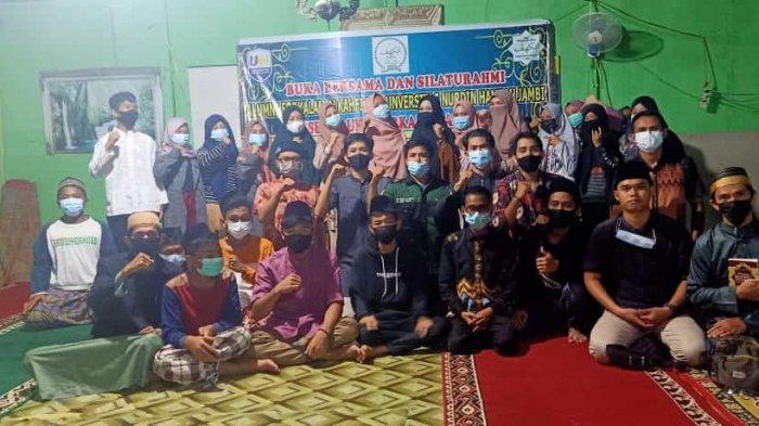 UKM Universitas Nurdin Hamzah Adakan Kegiatan Tahunan Santunan Anak Yatim dan Dhuafa
