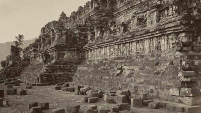 Foto lawas Candi Borobudur di Magelang