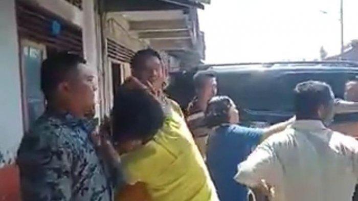Begini Reaksi Mantan Bupati Nias Idealisman Dachi Saat Dilempari Kotoran Babi oleh Sejumlah Orang!