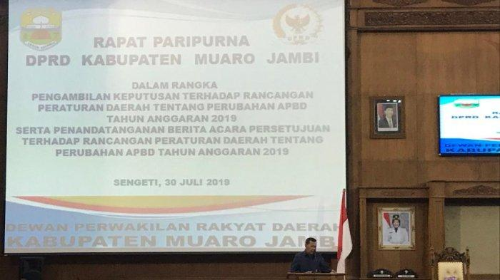 Fraksi Demokrat Bahas Catatan untuk Bupati Muarojambi di Rapat Paripurna