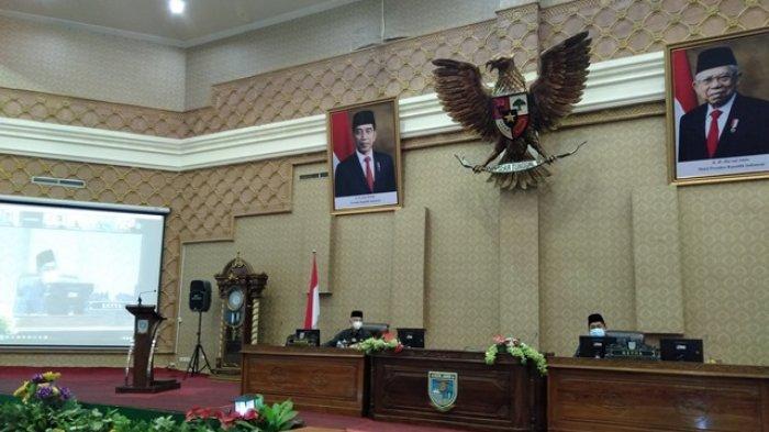 Hadiri Paripurna DPRD Kota Jambi 2020, Walikota Jambi Fasha Bicarakan Kontrak dan PT SMI