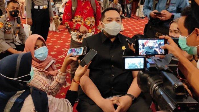 Pinto Kader Golkar Pertama di Provinsi Jambi yang Divaksin Covid-19