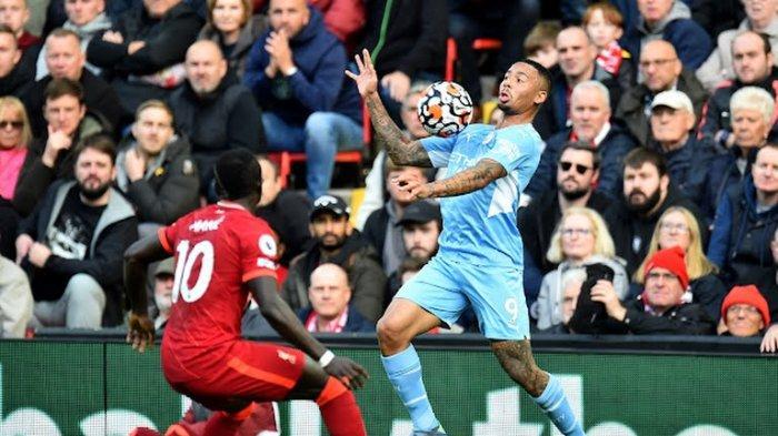 Liverpool vs Man City aksi Gabriel Jesus dan Sadio Mane tadi malam di Liga Inggris pekan ke 7