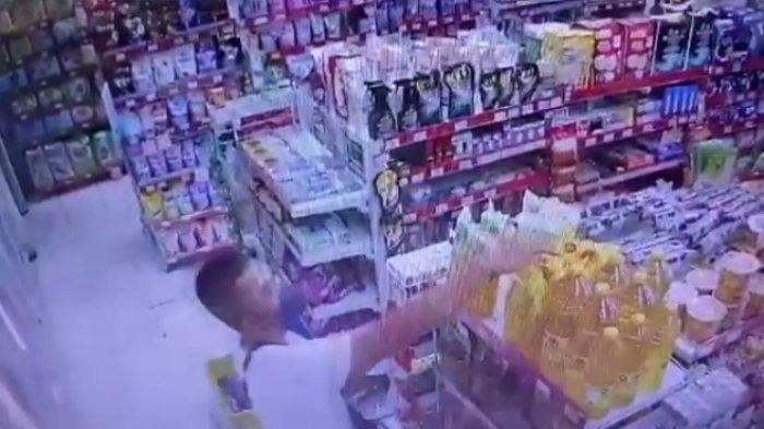 Kepala Toko Alfamart di Jambi Ditangkap Resmob Polda, Gelapkan Uang Toko Hampir Rp 3 Miliar
