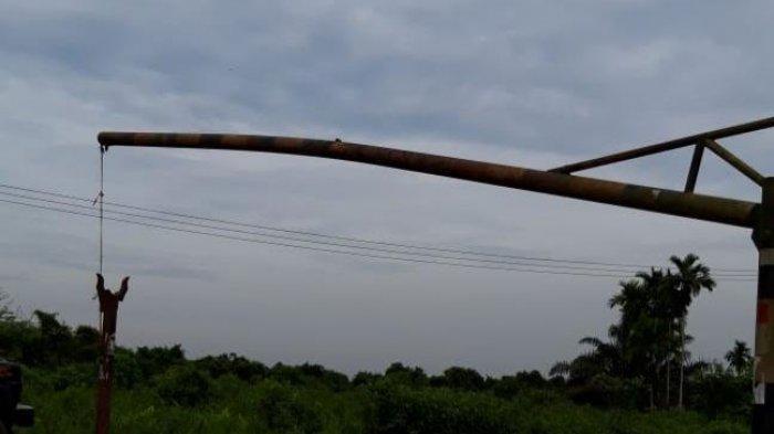 Sopir Nakal Kembali Berulah, Gembok Portal Jalan di Muara Sabak Kembali Dirusak