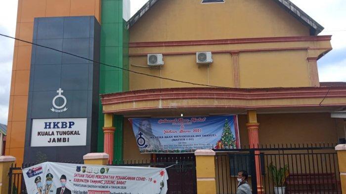 Gereja HKBP Kuala Tungkal Gelar Ibadah Natal Secara Virtual