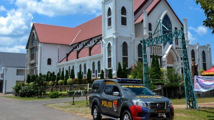 Perayaan Tri Hari Suci Gereja Katolik St Gregorius Agung Jambi Dijaga Ketat Pihak Keamanan
