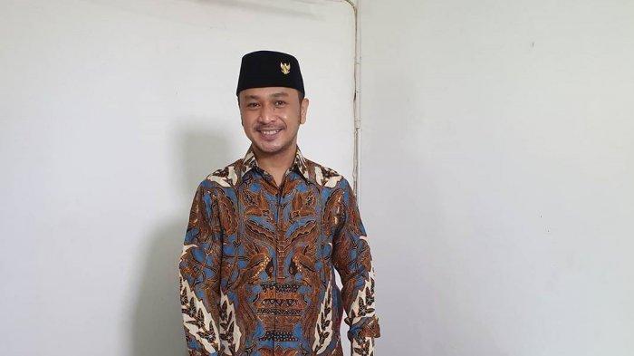 Giring Ganesha, mantan vokalis Nidji yang menjadi Ketua Umum PSI.