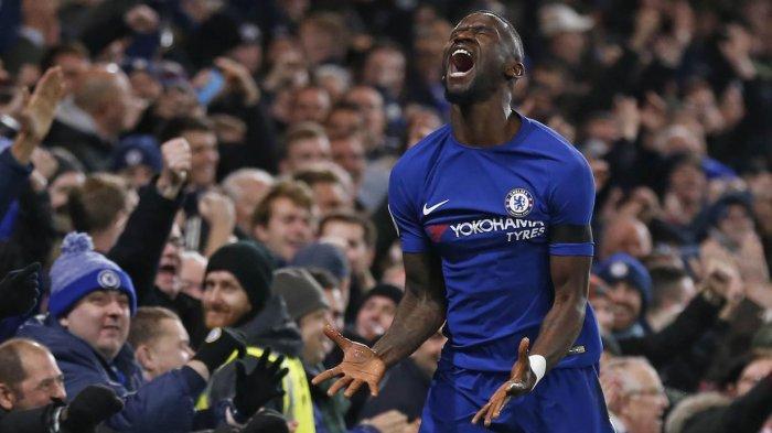 Gol tunggal yang dicetak oleh Antonio Rudiger berhasil mengantar Chelsea mengalahkan tamunya, Swansea pada laga Premier League.