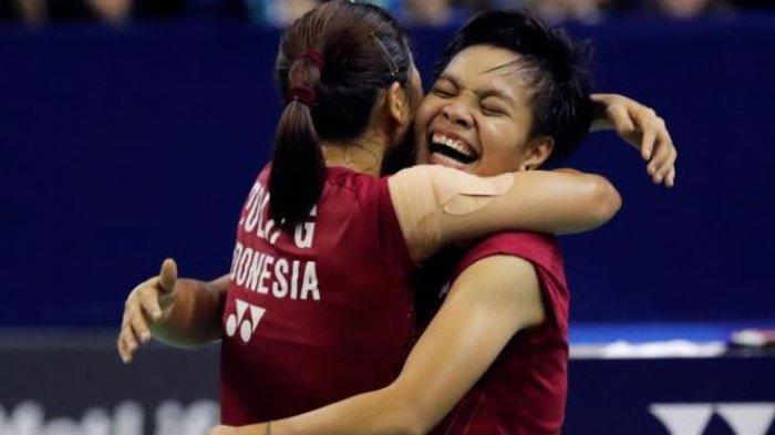 Greysia Polii/Apriyani Rahayu Cetak Sejarah Baru, Raih Emas Pertama Ganda Putri Badminton
