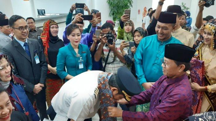Pilot Garuda Indonesia Kaget saat Gubernur Jambi dan Istri Tiba-tiba Datang, Edisi Spesial