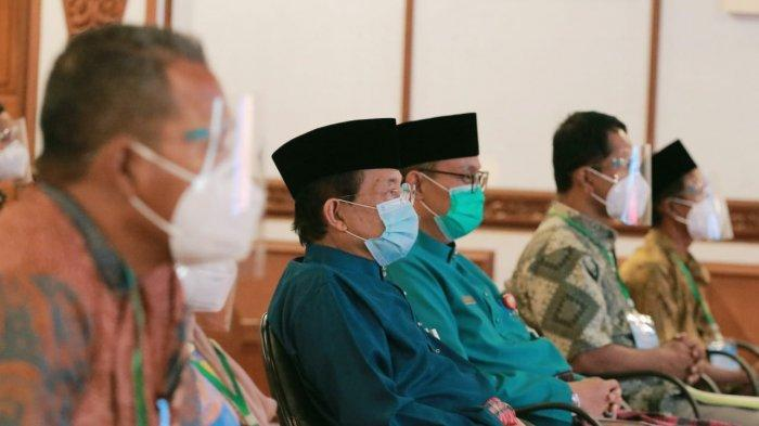 Gubernur Jambi DR Drs Fachrori Umar