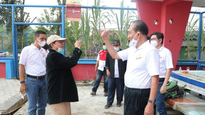 Gubernur Jambi Dr.Drs.H.Fachrori Umar,M.Hum berharap agar Baveti (Barisan Atlet Veteran Tenis Indonesia) Provinsi Jambi turut meningkatkan kemajuan tenis lapangan Provinsi Jambi.