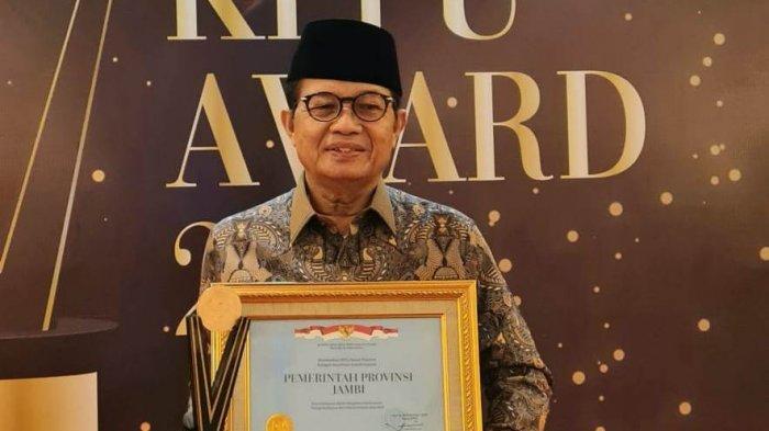Gubernur Fachrori Dianugrahi Penghargaan KPPU Award