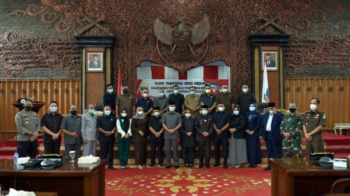 Fachrori Umar Pamit Dalam Rapat Paripurna DPRD Provinsi Jambi