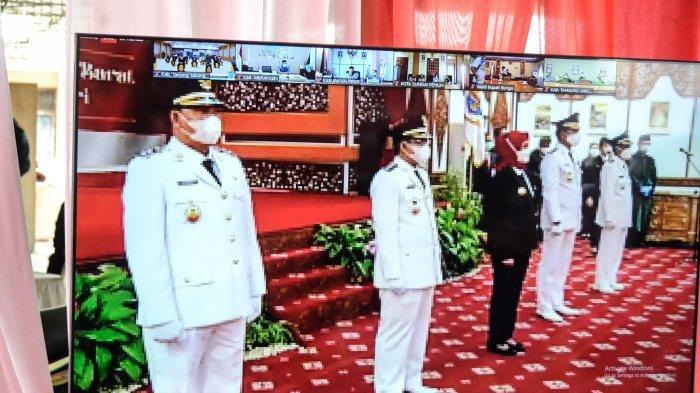 Lantik Bupati dan Wakil Bupati Batanghari dan Tanjung Jabung Barat, Ini Pesan Pj Gubernur Jambi