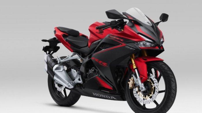 Honda CBR250RR tampil dengan warna dan grafis desain stripe sporty premium.