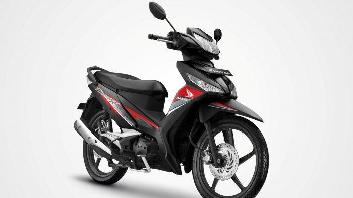 Honda Supra X 125 FI hadir dengan desain stripe yang semakin memperkuat kesan sporty dan berkelas.