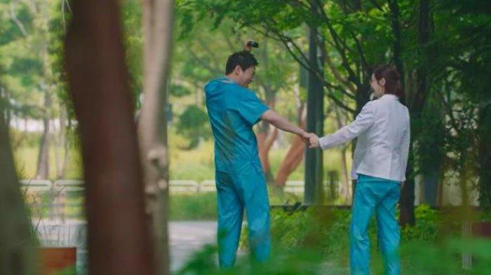 Shin PD Beri Bocoran Soal Season 3 Hospital Playlist
