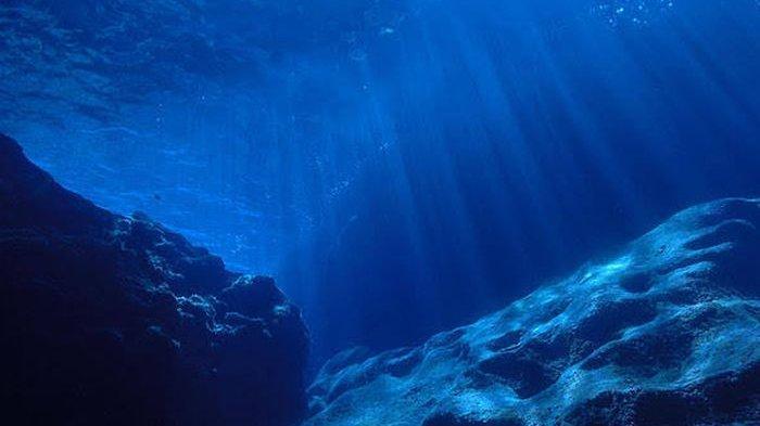 Ini Penyebab Air Laut Berwarna Biru, Karena Sebuah Partikel