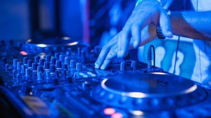 Download MP3 DJ Lungamu Ninggal Kenangan, Ada Lirik Lagunya, Viral di TikTok, Remix Full Bass 2020