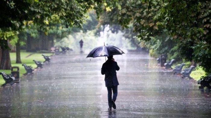 BMKG Riliis Cuaca Ekstrem Pada Jumat Besok, 9 Wilayah Di Indonesia Berpotensi Hujan Lebat dan Kilat