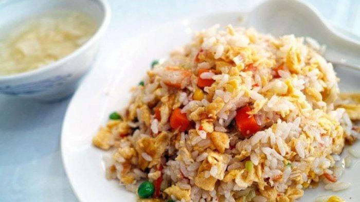 Resep Nasi Goreng Gila, Manfaatkan Sisa Nasi Jadi Santapan Lezat