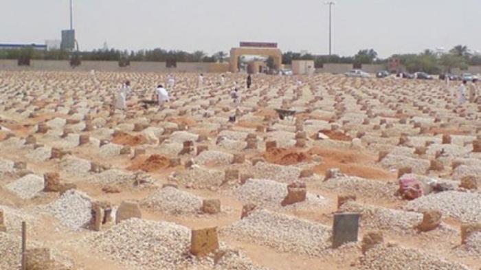 Penghuni Kubur Ini Sudah Tahu Siapa yang Akan Menemaninya, Suaranya Membuat Seorang Muslim Bergetar