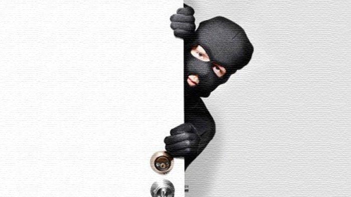 Pencuri di Kerinci Dihajar Massa Sampai Pingsan, Pura-pura Beli Rinso Lalu Rampas Kalung Emas 40Gram