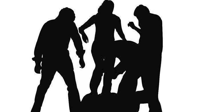 Tolak Ajakan Joged, Seorang Anggota Polisi Dikeroyok Saat Acara Hajatan