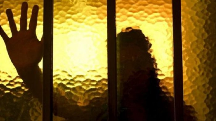 Pemuda 16 Tahun Pasrah Dipaksa Layani Nafsu Janda hingga Disekap di Kosan Biduan Berhari-hari