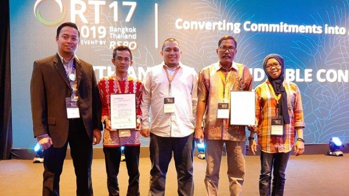 Petani Swadaya Kelapa Sawit Asal Jambi Kembali Mendapatkan Sertifikat
