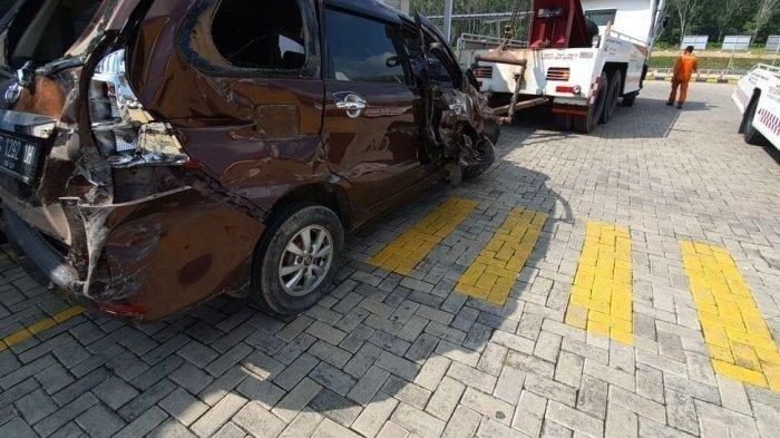 Bos Walet Asal Sumatera Selatan Tewas di Jalan Tol Trans Sumatera, Mobil Avanza Hancur