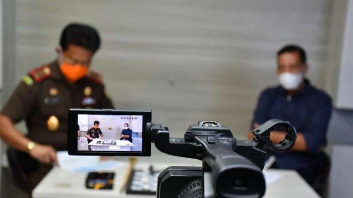 Jadi Narasumber, Kajati Jambi Ingatkan Ancaman Hukuman Mati Bagi Pelaku Penyelewengan Dana Bansos di Masa Pandemi Covid-19
