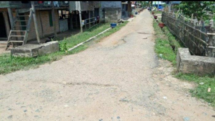 Warga Teluk Panjang Bungo Tagih Janji Anggota Dewan Dapil I, Jalan Desa Tak Kunjung Diaspal