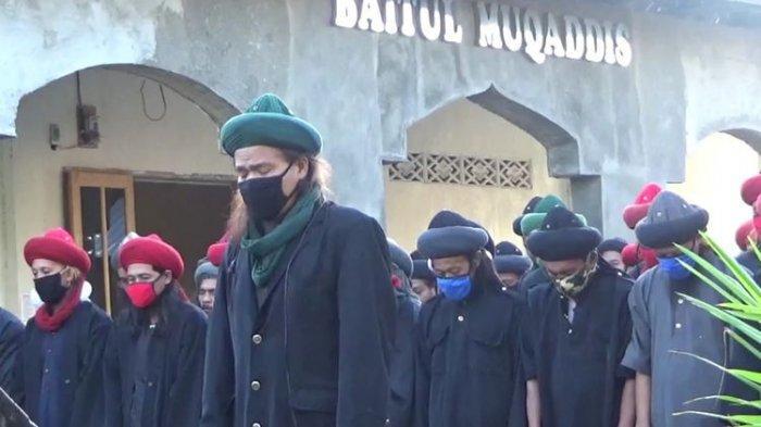 Naskah Kutbah Idul Adha 2021 Dengan Tema  ' Berkurban Saat Pandemi'