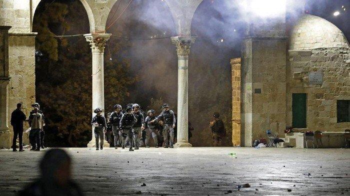 Ini Alasan Israel Serang Jamaah Al Aqsa, Habiburokhman: Persis Seperti Belanda Bantai Rakyat Dulu