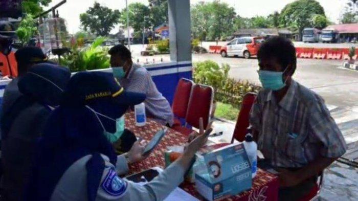 Jasa Raharja melakukan pengecekan masa laku Dana Pertanggungan Wajib Kecelakaan Penumpang (DPWKP) Angkutan Umum