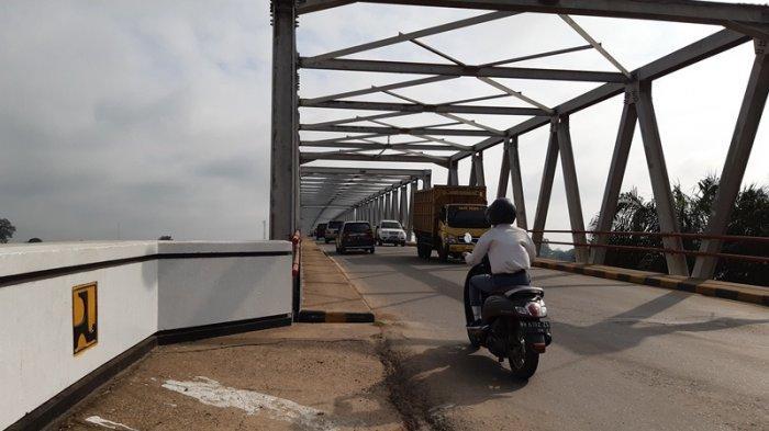 Dinas PUPR Jambi Akui Jembatan Aur Duri I Rusak, Antrean di Tikungan Dianggap Jadi Masalah
