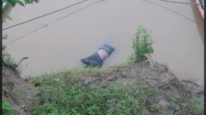 Jenazah warga Pematang Pulai Kecamatan Sekernan, yang ditemukan dalam keadaan meninggal mengambang di Sungai Batanghari.