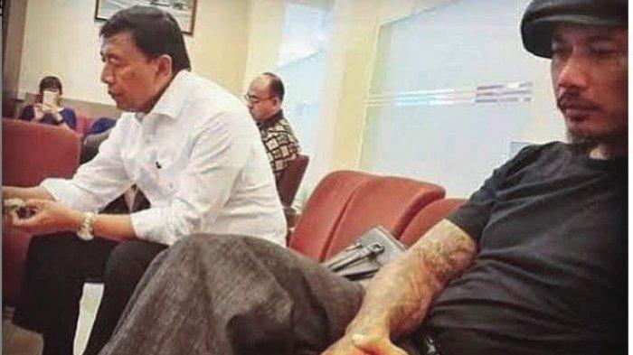 Buntut Nyinyir Pada Penusukan Wiranto, Jerinx SID Ikut Dilaporkan Karena Balas dengan Kata-kata Ini