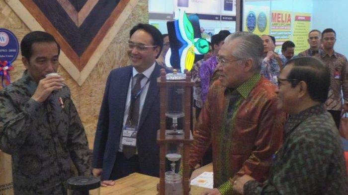 Presiden Jokowi Puji Gerai Starbucks Bisa Ubah Imaji Kota Menjadi Lebih Berkelas